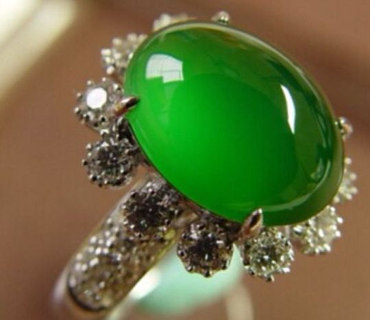 购买翡翠戒指需要注意什么   翡翠戒指选购指南