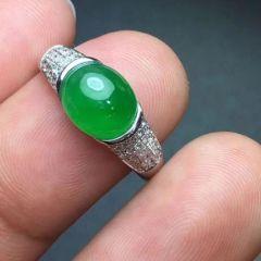 翡翠戒指怎样保养和清洁  翡翠戒指收藏方法和技巧