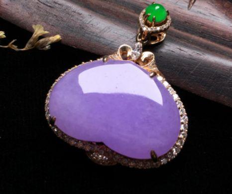 如何保养紫罗兰翡翠饰品 这些保养要点你了解吗