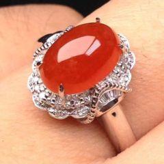 红翡翡翠上品市场价格大概多少  选购红翡翡翠戒指注意事项