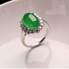 如何正确选择适合自己的翡翠戒指  戒指有什么款式