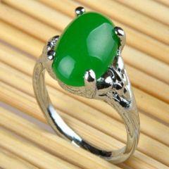 祖母綠翡翠戒指介紹及參考價格   翡翠戒指清洗保養