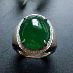 選購男士翡翠戒指建議  男士翡翠戒指應該怎樣挑選