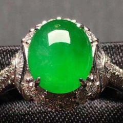 怎么判断翡翠戒指品质好坏  翡翠戒指选购基本常识