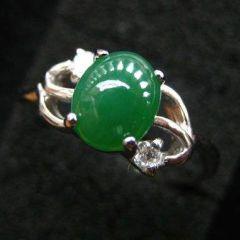 選購翡翠戒指基本小知識  什么種水翡翠戒指更值錢