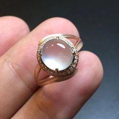 如何選擇適合自己的翡翠戒指
