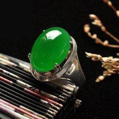 翡翠戒指常见款式有哪些  翡翠戒指选购知识点