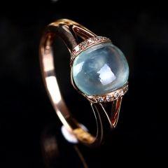 如何选购合适的镶金翡翠戒指  翡翠戒指戴左手还是右手好