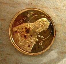金银币腐蚀的原因   如何防止金银币腐蚀