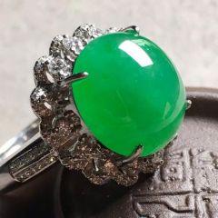 翡翠戒指选购正确方法  如何看翡翠戒指指圈合不合适