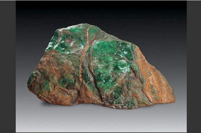 翡翠原石哪里买比较好?缅甸翡翠原石产地十大名坑介绍