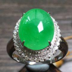 翡翠戒指款式和含义  翡翠戒指应该怎样挑选