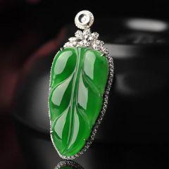 选购保养翡翠树叶挂件技巧和秘诀
