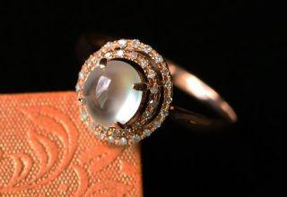 如何选购适合自己指型的翡翠戒指  翡翠戒指鉴赏