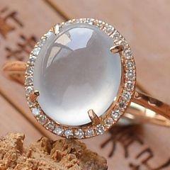 玻璃种翡翠戒指图片及价格  翡翠戒指选购要点