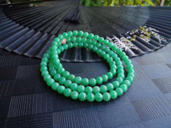 翡翠珠子项链价格是多少  翡翠珠子项链如何选购