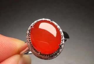 红翡翠戒指价格及图片大全  红翡翠戒指市场价值分析