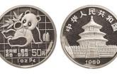 我国发行的哪些熊猫金银币价值更高?