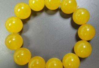 黄翡翠价值多少钱     影响黄翡翠价格的因素