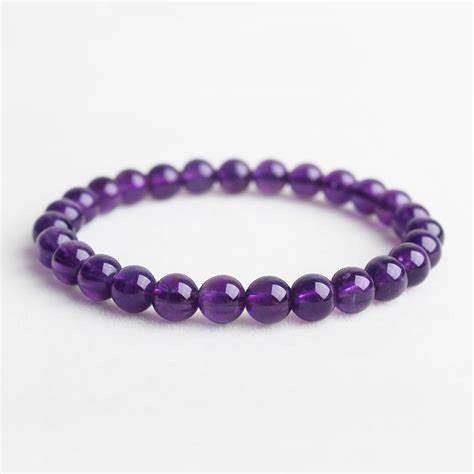 天然紫水晶手串的市场价格怎么样  天然紫水晶手串寓意