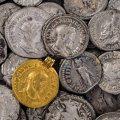 古老的硬币多少钱  古老的硬币投资价值如何