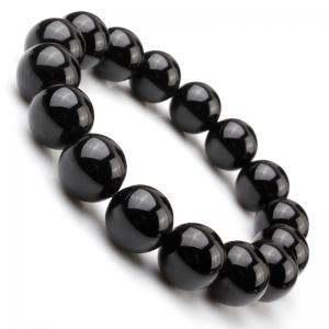 黑色玛瑙手串的价格 佩戴黑色玛瑙手串有什么作用