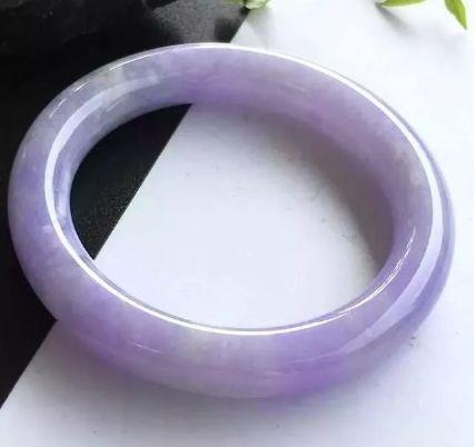 如何鉴别翡翠紫罗兰价值高低 翡翠紫罗兰的价值判断