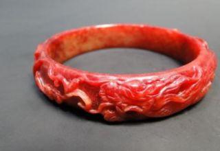 红色翡翠手镯价格 红翡翠手镯多少钱一只