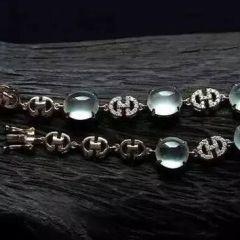翡翠项链镶嵌款式 翡翠项链镶嵌款式多少钱