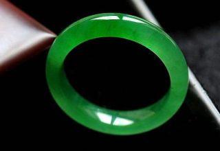 满绿冰种翡翠手镯一般多少钱 满绿冰种翡翠