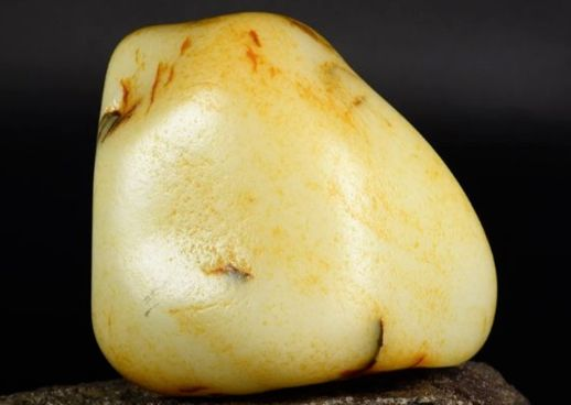和田玉籽料最新价格 和田玉籽料整体价格行情