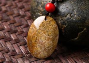 珊瑚玉灌胶鉴别 珊瑚玉灌胶是什么样的
