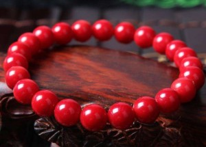 红珊瑚变白了如何恢复 红珊瑚变白恢复技巧