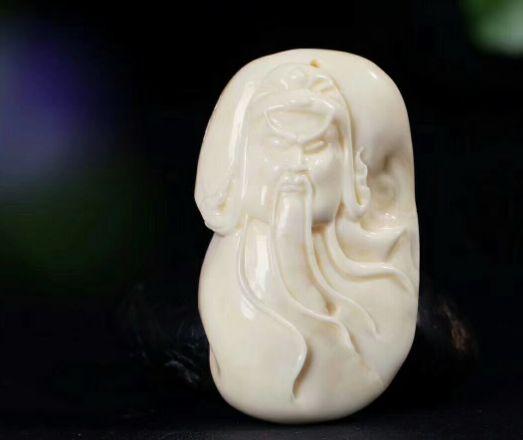 金骨瓷白蜜蜡是什么 金骨瓷白蜜蜡价格图片