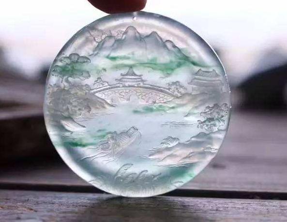 玻璃种和冰种哪个好 玻璃种和冰种哪个价格高