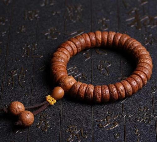手串要戴幾顆珠子才合適?手串珠子顆數的寓意分別是什么?