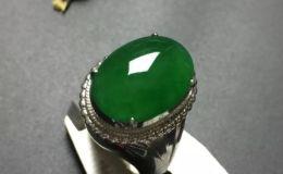 满绿翡翠多少钱一克 满绿翡翠价格怎么判断