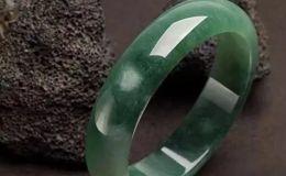 油青翡翠价格 油青种翡翠的价值划分