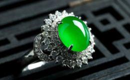 翡翠戒指鑲嵌圖片 挑選翡翠鑲嵌戒指要考慮的四大因素