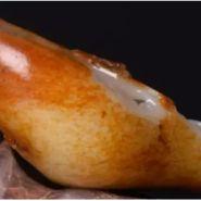 和田日本极品级片籽料皮色种类 籽料皮色颜色越多价格就越高吗
