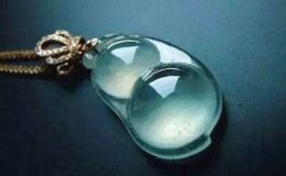 冰种蓝水翡翠价格 冰种蓝水翡翠价格多少图片