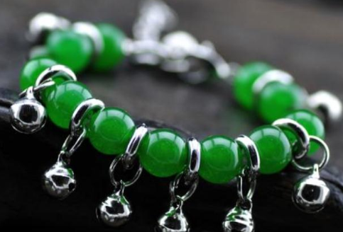 绿玉髓是什么材质的 绿玉髓好吗