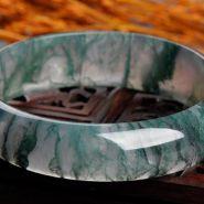 海草玉髓手鐲價格 海草玉髓手鐲一般什么價格
