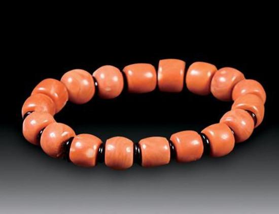 珊瑚手串价格   珊瑚手串收藏价值