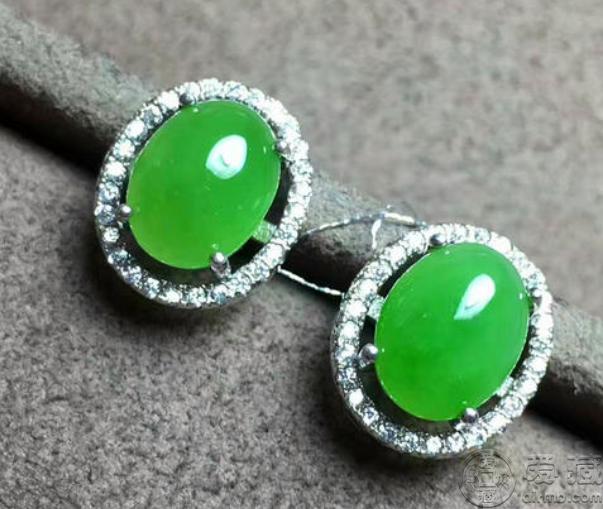 翡翠綠色值錢嗎 翡翠綠色價格一般是多少呢