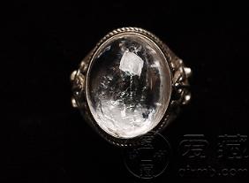 水晶和翡翠的区别 水晶和翡翠哪个贵