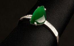 女士翡翠戒指價格 女士翡翠戒指價格及款式挑選