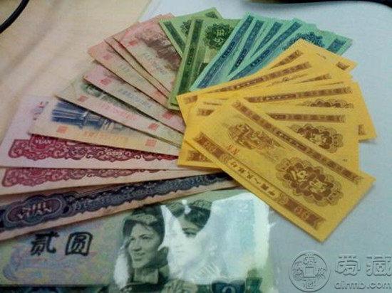 人民币激情小说怎么卖 人民币如何变现