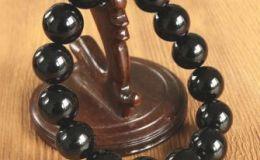 真的黑玛瑙手串多少钱 真的黑玛瑙手串价格及图片