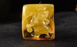金绞蜜蜡属于哪个档次 如何看待金绞蜜蜡的
